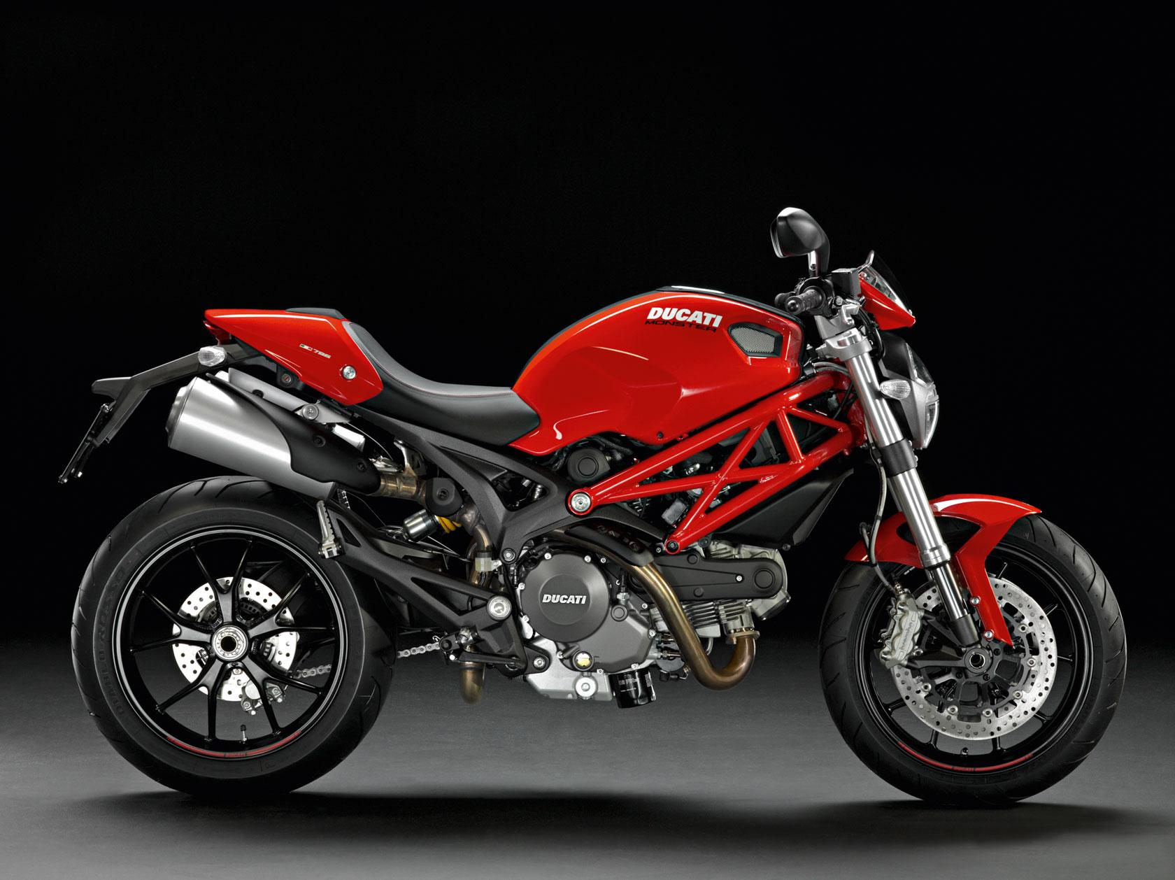 2010-Ducati-Monstern